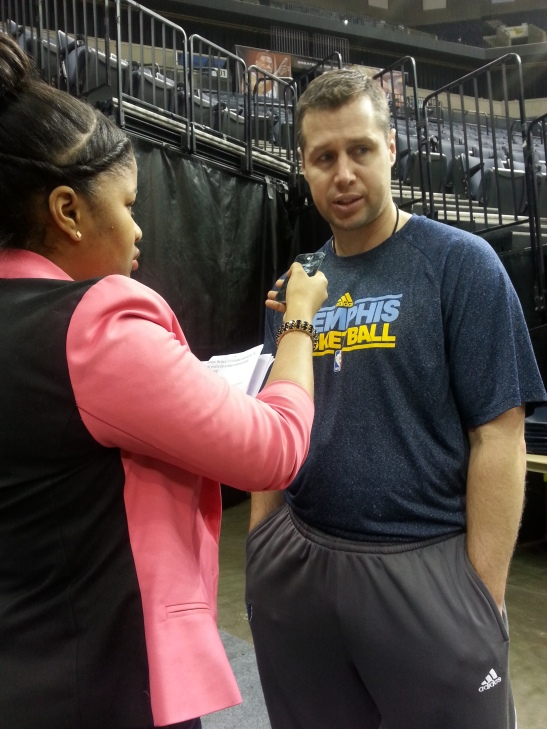 Photo By Vanessa Conner Coach David Joerger talks about his history as a coach and also offers his advice to those that would like enter basketball as a career.
